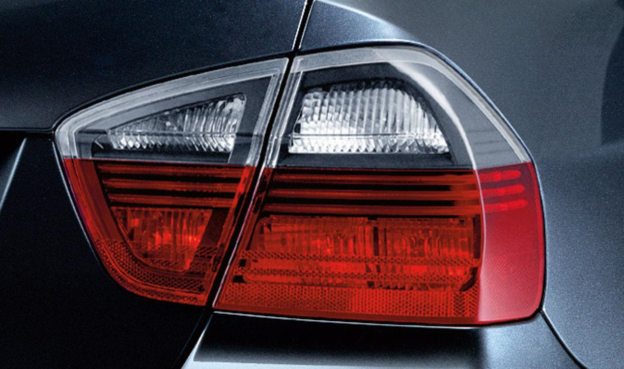 Original BMW Heckleuchte Blackline 3er E90 Limousine