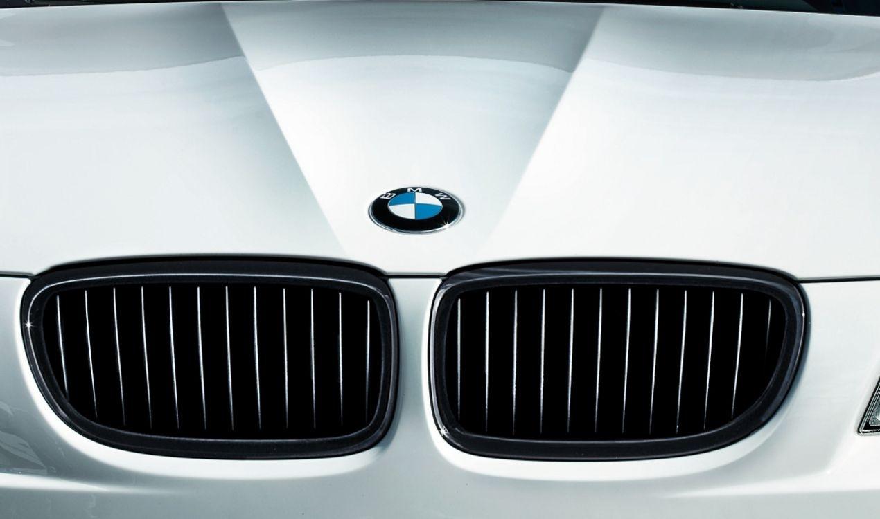 orig. BMW M Performance 3er E90 E92 E93 LCI Frontziergitter Ziergitter schwarz links